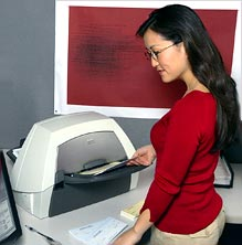 KODAK i1440 Scanner in the Office